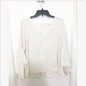Club Monaco • v neck silk blouse